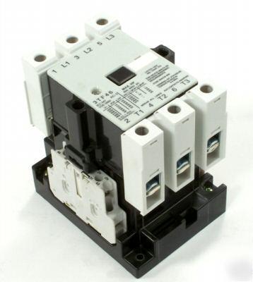 Siemens Contactor 3TF4602-0A-F0-ZA01 (45A,110V)