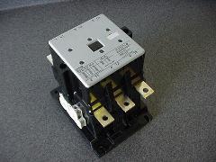 Siemens Contactor 3TF5302-0AB0 (205A,24V)